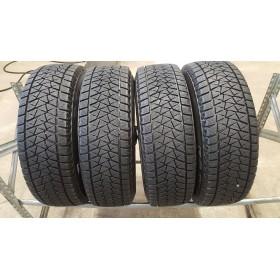 Bridgestone BLIZZAK DM-V2 10mm , Žieminės<span>215/70 R16</span>